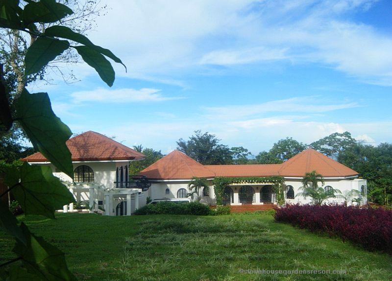 Stone house gardens resort philippines 001
