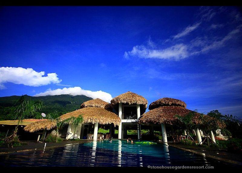 Stone house gardens resort philippines