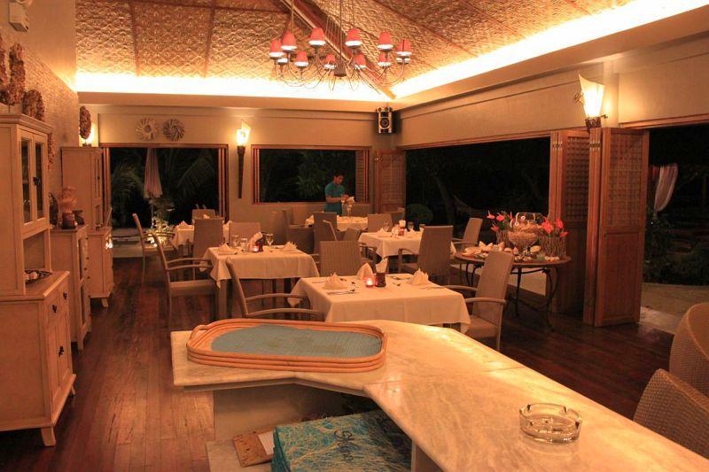 Pearl restaurant at linaw beach resort, panglao island