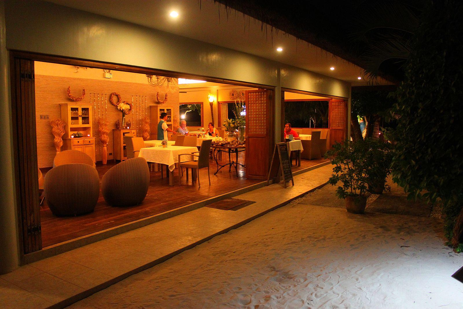 Linaw beach resort pearl restaurant bohol