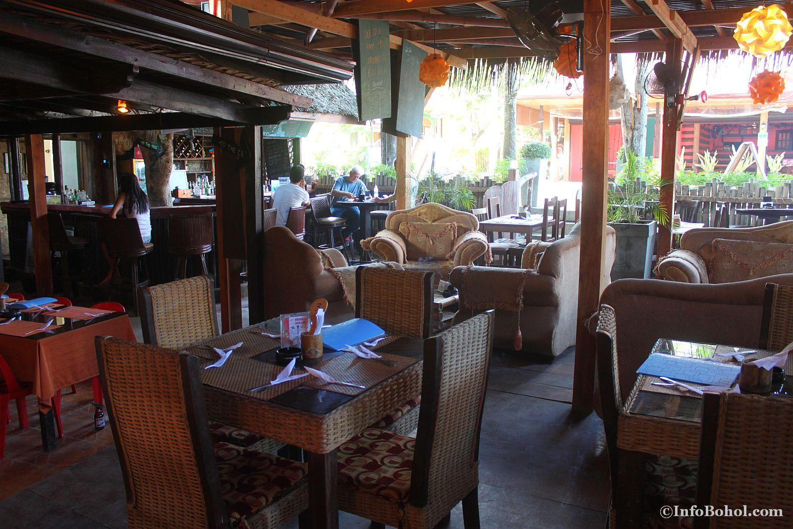 T2 restaurant bar alona beach panglao bohol