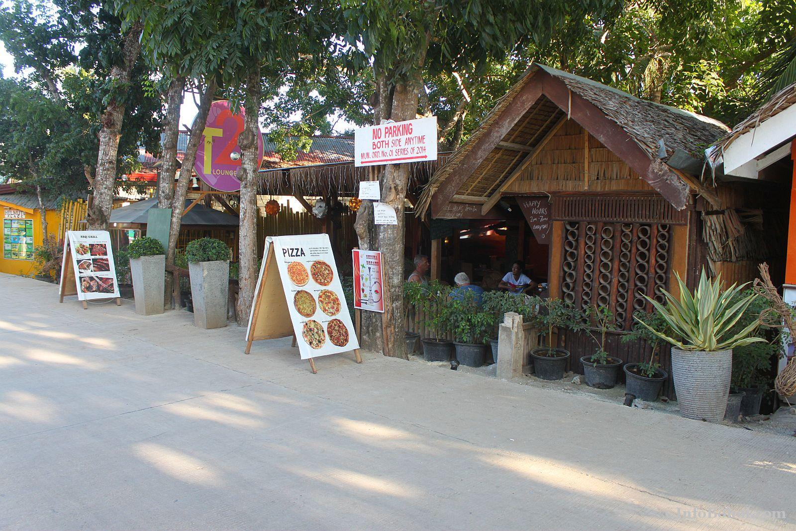 T2 restaurant bar alona beach panglao bohol 010