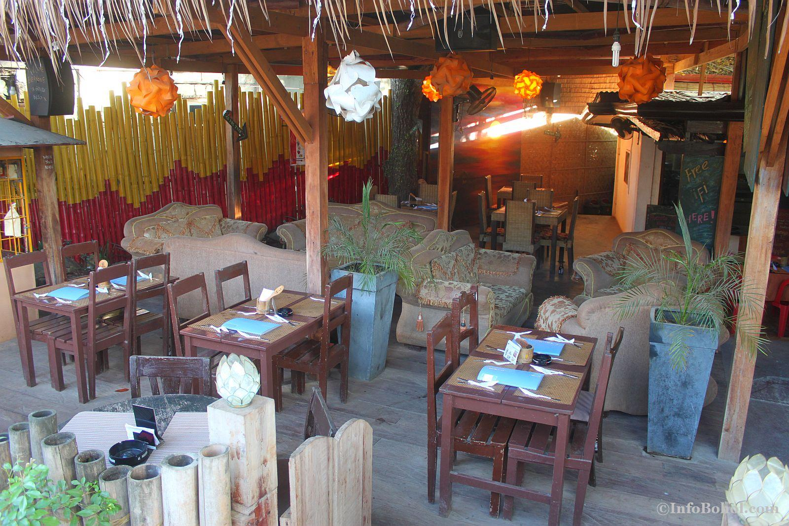 T2 restaurant bar alona beach panglao bohol 016