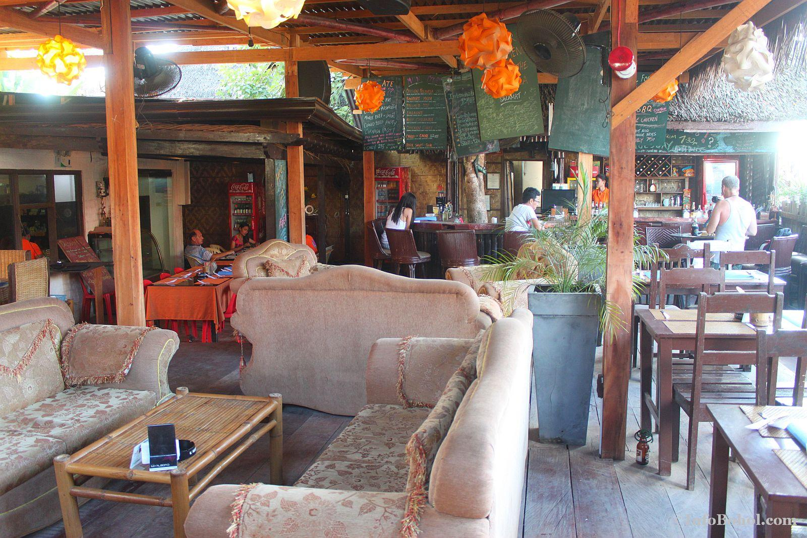 T2 restaurant bar alona beach panglao bohol 018