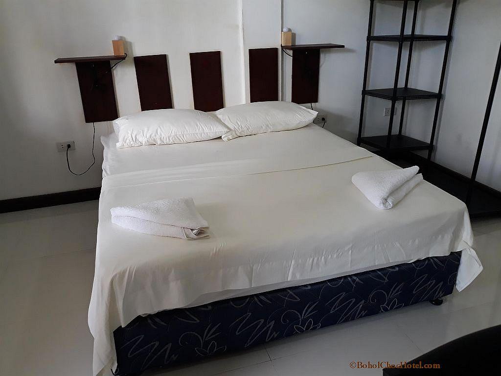 Bohol chochotel panglao cheap rates apartment style accommodations 005