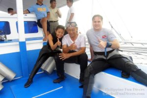 Philippine fun divers divers Alona beach Panglao Bohol with president Ramos