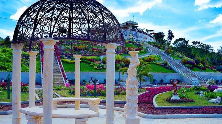 Mirror of the world sikatuna bohol philippines 002